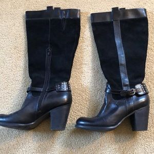 Naturalizer black leather and suede boots